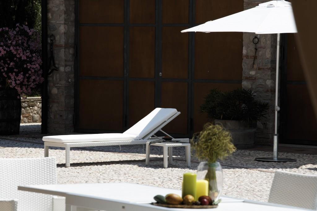 jan kurtz casual sonnen liege in alu anthrazit natur braun oder wei garten outdoor. Black Bedroom Furniture Sets. Home Design Ideas