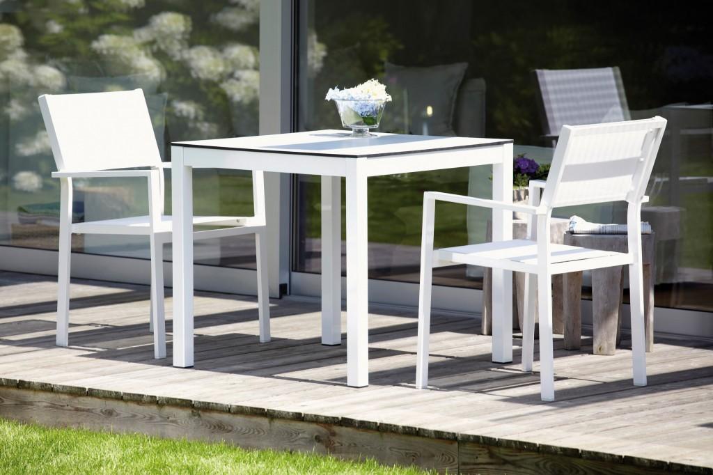 Stuhl  Stapelstuhl wetterfest aluminium  schwarz od weiß im 4erSet
