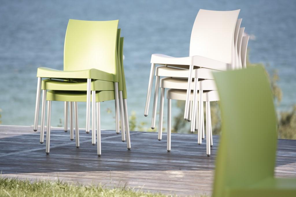 Gartenmobel Kinder Gebraucht : Jan Kurtz ICE Stuhl  Stapelstuhl wetterfest aluminium  grün, weiß