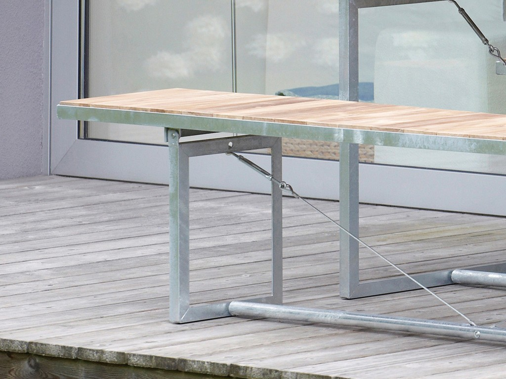 Tisch klappbar beautiful tisch mit rollen klappbare auf for Esstisch jever